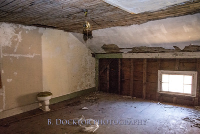 1704_East Gate Toll House_042