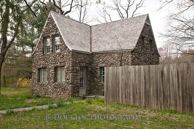 1204_Stone Houses_045