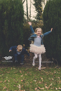 The Rasdale family © Ronan McGrade / www.ronanmcgradephotography.com