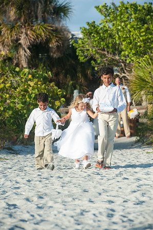 Renee_and_Chad_a_Lido_Beach_Wedding_013