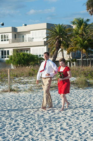 Renee_and_Chad_a_Lido_Beach_Wedding_011