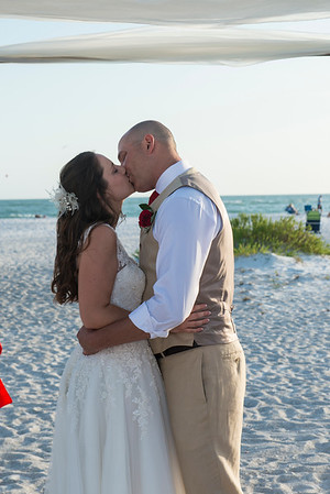 Renee_and_Chad_a_Lido_Beach_Wedding_029