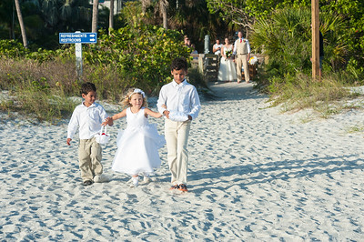 Renee_and_Chad_a_Lido_Beach_Wedding_014