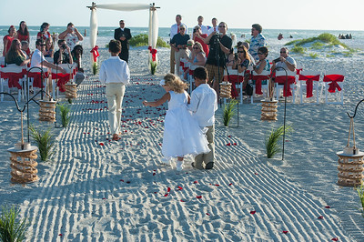 Renee_and_Chad_a_Lido_Beach_Wedding_015