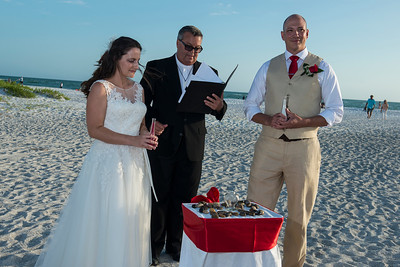 Renee_and_Chad_a_Lido_Beach_Wedding_026