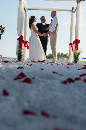 Renee_and_Chad_a_Lido_Beach_Wedding_019