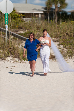 TIffani_and_Bobby_a_Pass-a-Grille_Beach_Wedding_21
