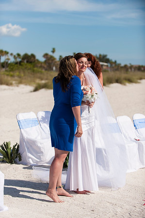 TIffani_and_Bobby_a_Pass-a-Grille_Beach_Wedding_25