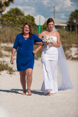 TIffani_and_Bobby_a_Pass-a-Grille_Beach_Wedding_23
