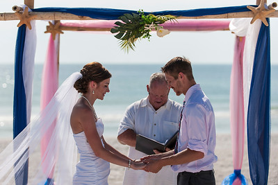 TIffani_and_Bobby_a_Pass-a-Grille_Beach_Wedding_30