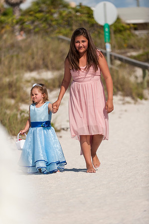 TIffani_and_Bobby_a_Pass-a-Grille_Beach_Wedding_16