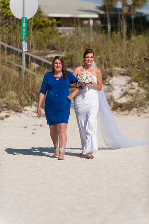TIffani_and_Bobby_a_Pass-a-Grille_Beach_Wedding_22