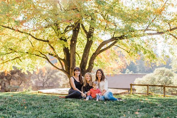 Family in Fall   Lenkaland Photography