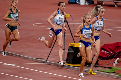 Elish McColgan & Laura Weightman of GBR compete in the Women's 5000 metres final during day nine of 17th IAAF World Athletics Championships Doha 2019 at Khalifa International Stadium on October 05, 2019 in Doha, Qatar. Photo by Tom Kirkwood/SportDXB