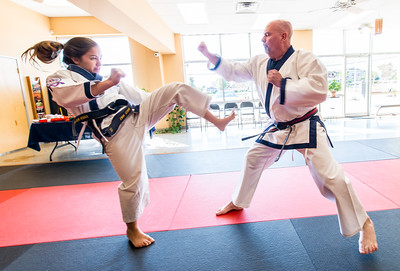 2015-09-30_AMPLIFY_Karate_2015-09-30_10-07-14_DSC_1842