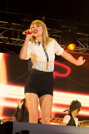 Taylor Swift at Capital Radio's Summertime Ball, photographer Bronac McNeill_9Jun2013