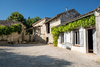 Nick & Ditta's French Farm House