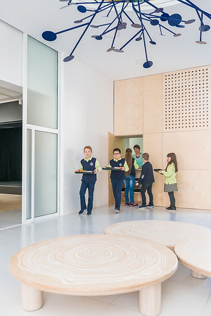 Училищна зала Демократос