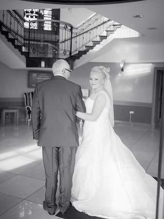 Mr & Mrs Derek Murray
