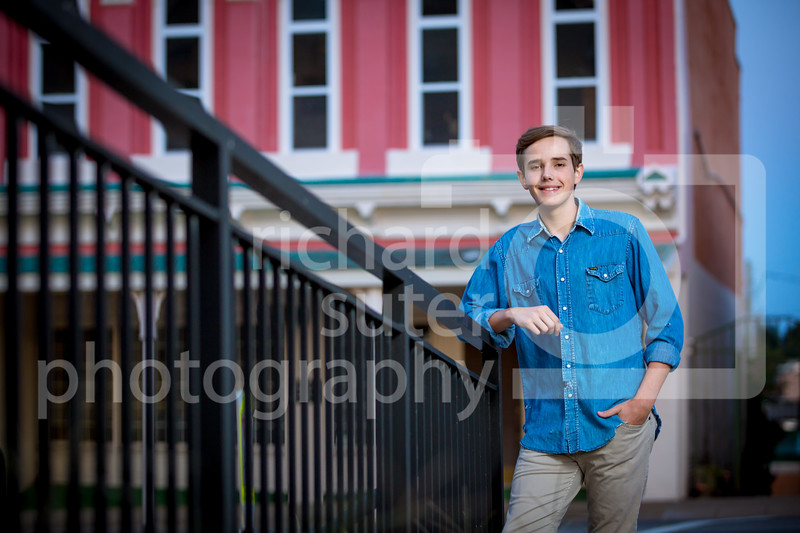 Intro-Nathan-Senior-Pics-54