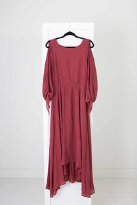 Neveah Dress in Mesa Rose