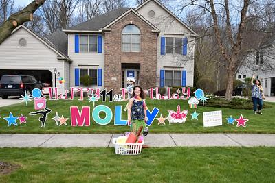 Molly11parade-120