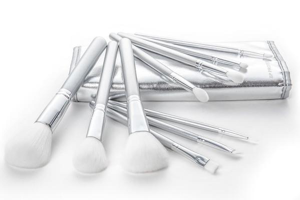 Brushes-3886