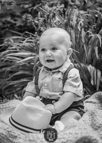 Julian's 6 month photos