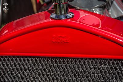 1923TbucketRedRadiator
