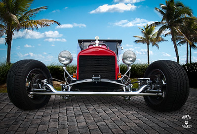 1923TbucketRedFrontLow002
