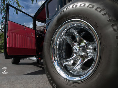 Wheel and door panel_0000_Walmart