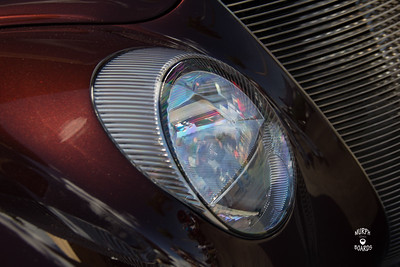 HorizImages_0000_Headlight