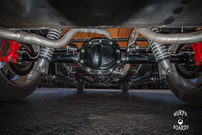 HorizImages2_0001_Undercarriage
