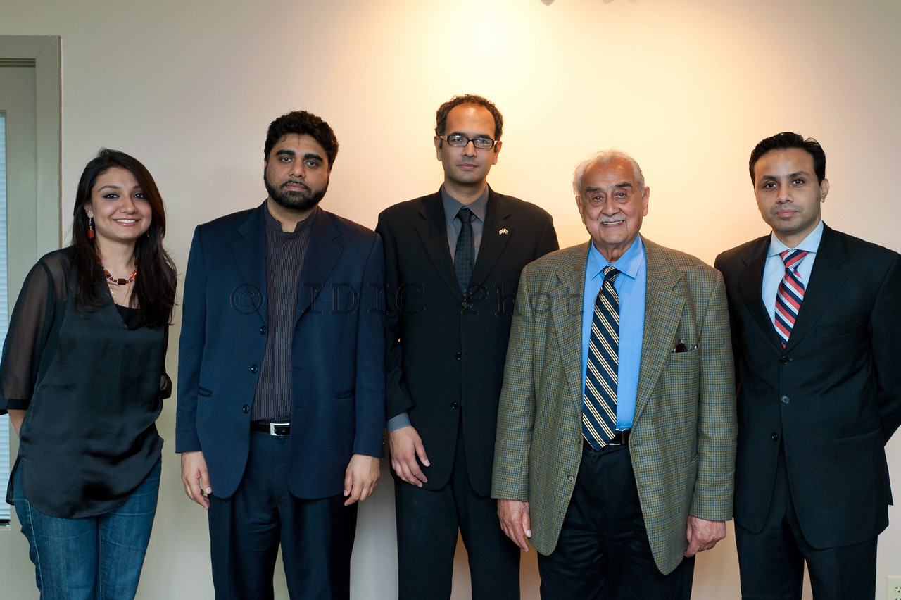 The organizers with Syed Babar Ali