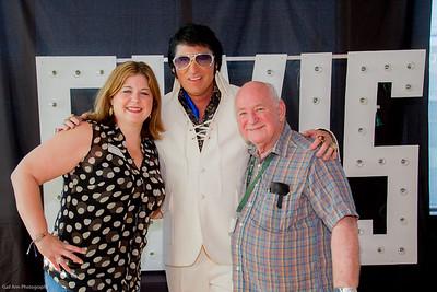 2056-Elvis