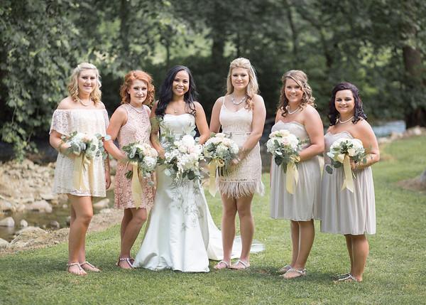 Bridal Party at Hartford TN Wedding