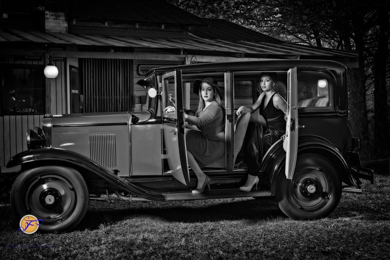 2018 Film Noir-Roxy & Arion-B&W-11.jpg