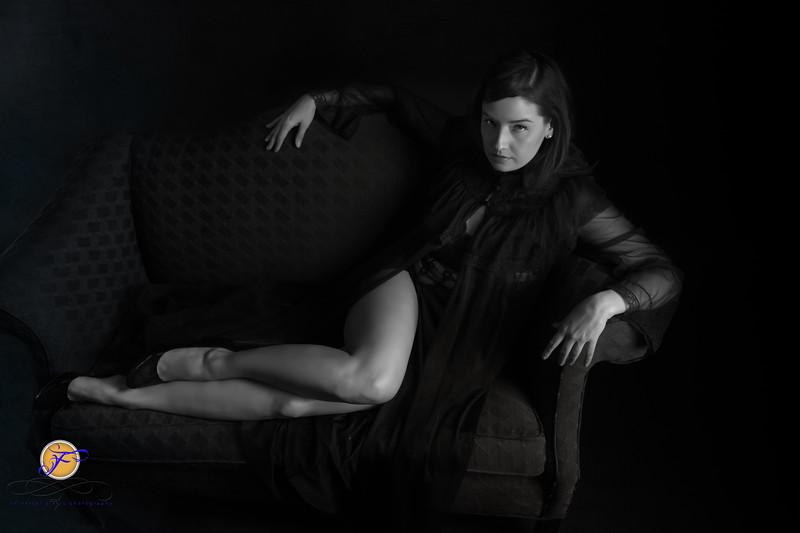 2018 Film Noir-Jessica Kisiel Couch B&W--185.jpg