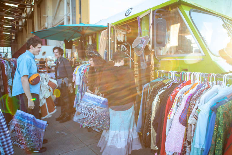 DAISY_COBY_2019_ALAMEDA_VINTAGE_FASHION_FAIRE_0035