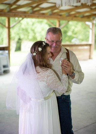 First Dance at Wedding at Nolichucky Vineyard by Everbright Photography