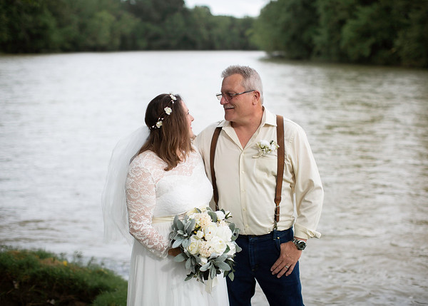 Couple on the Nolichucky River, Everbright Photography