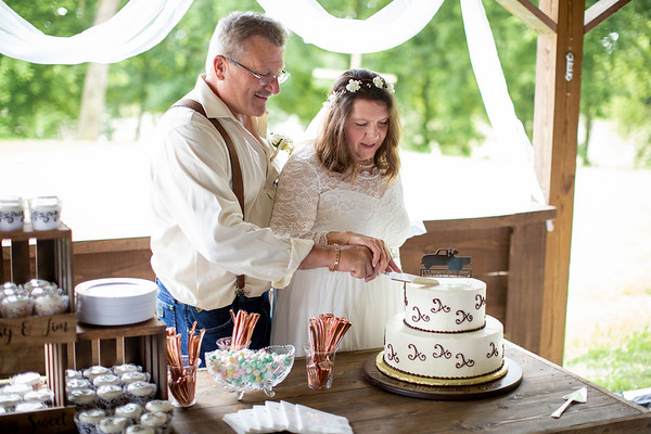 Cake by Yummy Cakes, Everbright Photography
