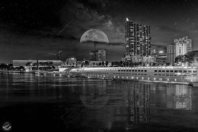 Floridian-Riverwalk-Nighttime-B&W-Flood-Reflection--26