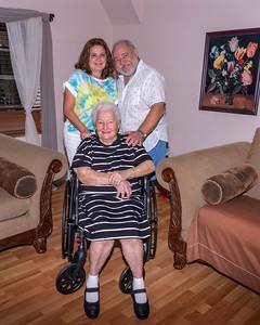 Jorge & Vicky-Mother's Day 2021-47