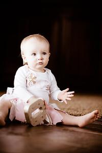 Annika's One Year Photo-0004