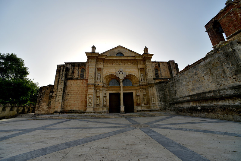 The Catedral Primada de America, the oldest church in the New World. The church is located in the Parque Colon in Santo Domingo