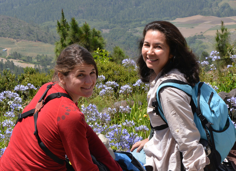 Holly Robertson and Lisa Sorenson in Parque Nacional Valle Nuevo