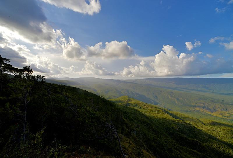Hoyo del Pelempito in the Parque Nacional Sierra de Bahoruco