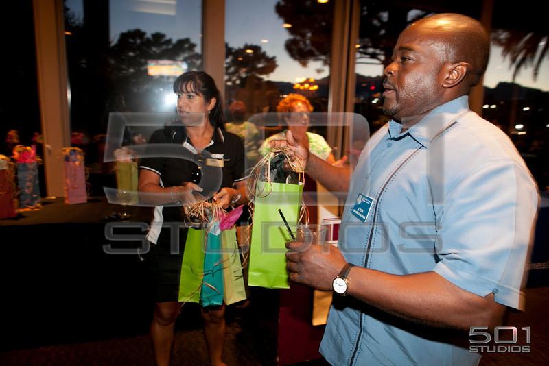 BOMA_Putt & Wine_06-2012_6512