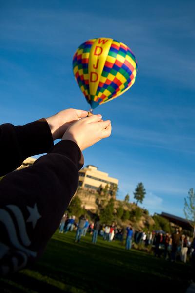 BalloonsOverBend_2010-064